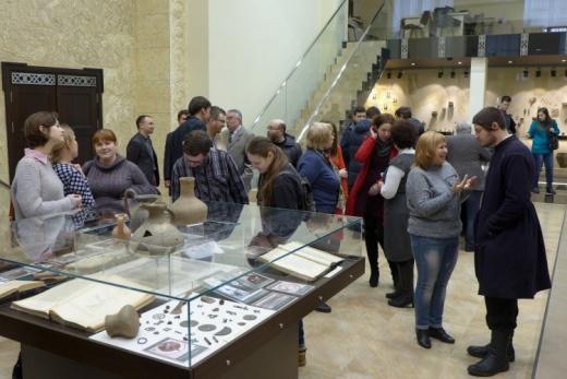 Виставка до 115-й річниці XII Всеросійського археологічного з'їзду в Музеї археології університету