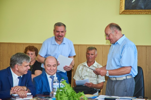 Вітаємо С.І.Посохова з нагородженням грамотою НСКУ за значний внесок у розвиток краєзнавчого руху України