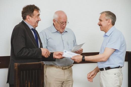 Профессор С.И.Посохов получил сертификат о введении нового дистанционного курса