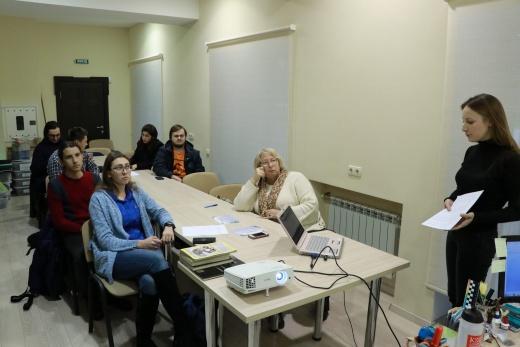 Заседание студенческого археологического кружка кафедры историографии, источниковедения и археологии