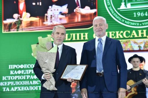 Проф. А.Д.Каплин получил благодарность Харьковского городского совета